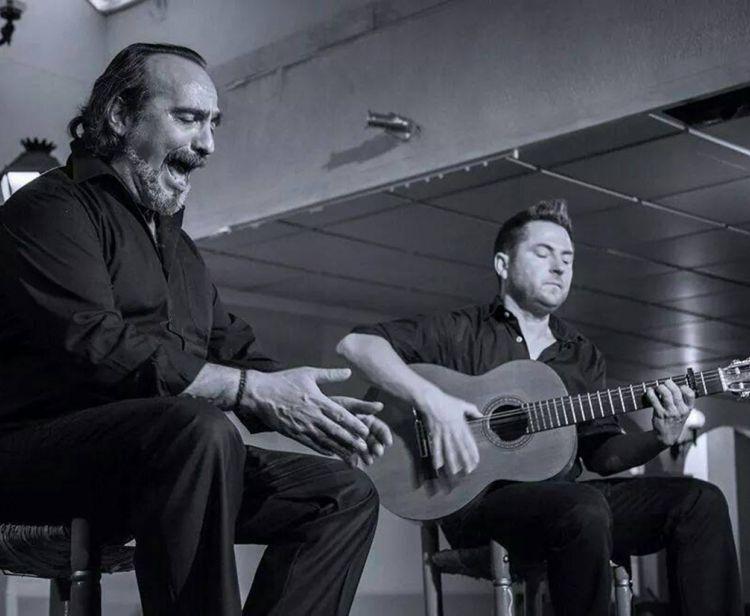 Seville Flamenco show + Drink