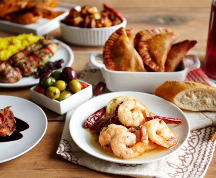 Cadiz Gourmet Tapas & Wine Tasting Tour