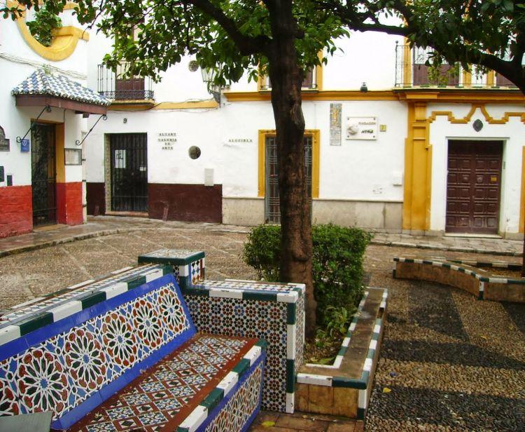 Two neighborhoods with Stories Santa Cruz and Triana