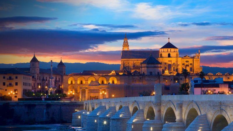 Descubre los lugares más emblemáticos de Córdoba