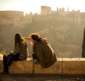 Rincones de Granada que te enamorarán en San Valentín