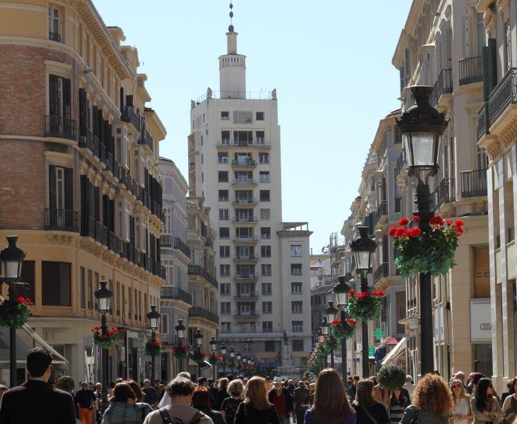 Malaga al Anochecer