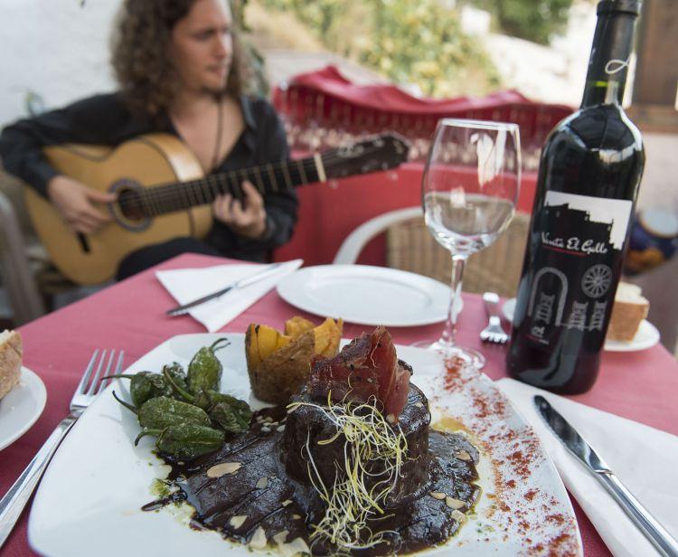 Flamenco + Dîner dans les grottes du Sacromonte