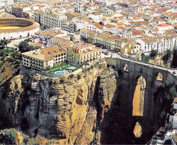 Excursion d'une journée aux villages blancs depuis Cadix (Ronda, Arcos...)