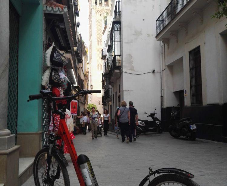 Tours Sevilla Triana kickscooter 150min