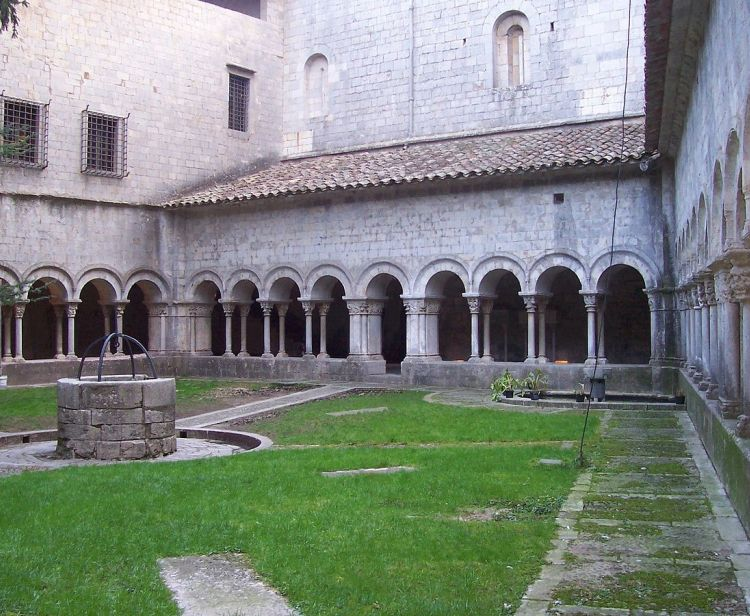 Guided tour to the Cathedral of Girona