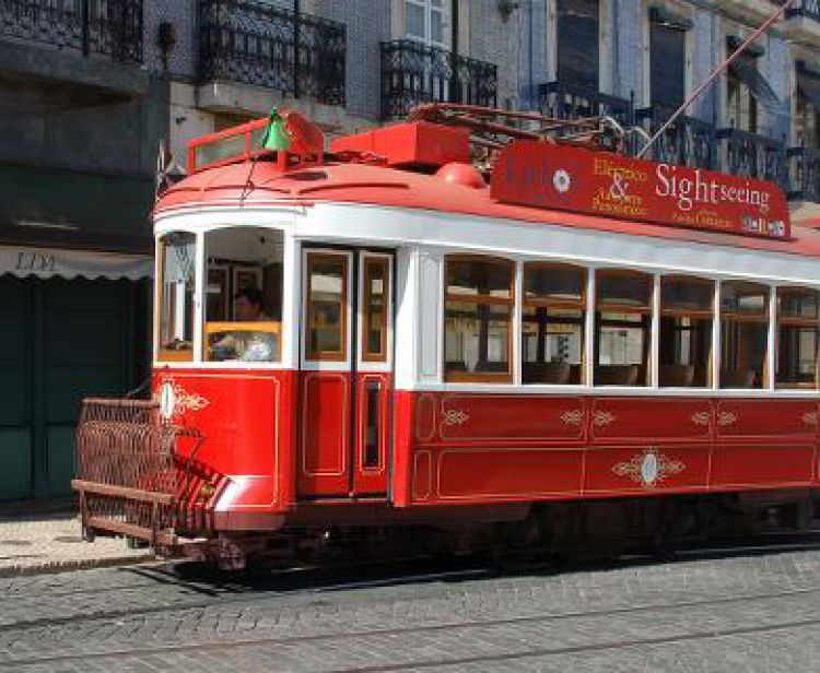 Lisbon Moving Tour