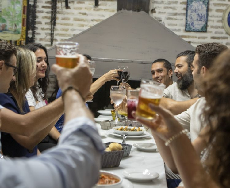 Seville Santa Cruz Jewish Quarter Tour + Seville Food Tour
