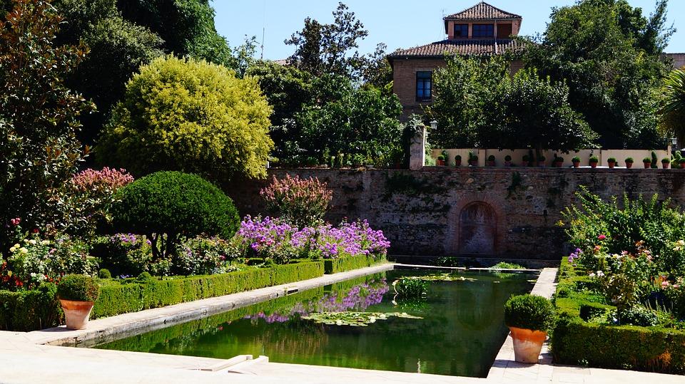 Granada in 400 parole