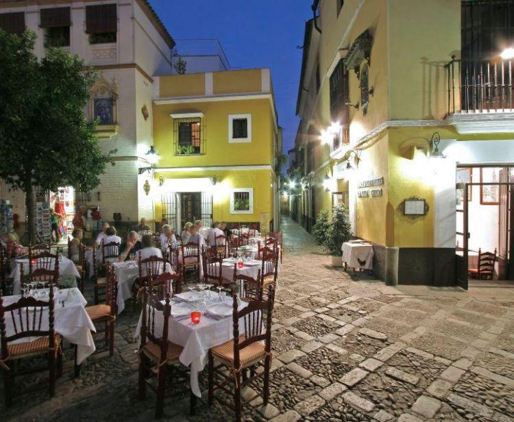 Visita Guidata dell'Alcazar di Siviglia + Tour del quartiere ebraico di Santa Cruz