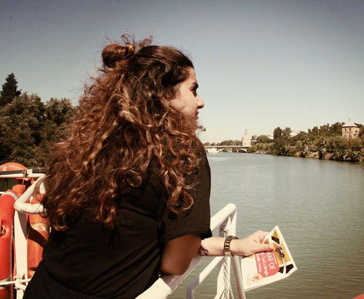 Tour del quartiere ebraico di Santa Cruz + Giro in battello sul fiume Guadalquivir a Siviglia